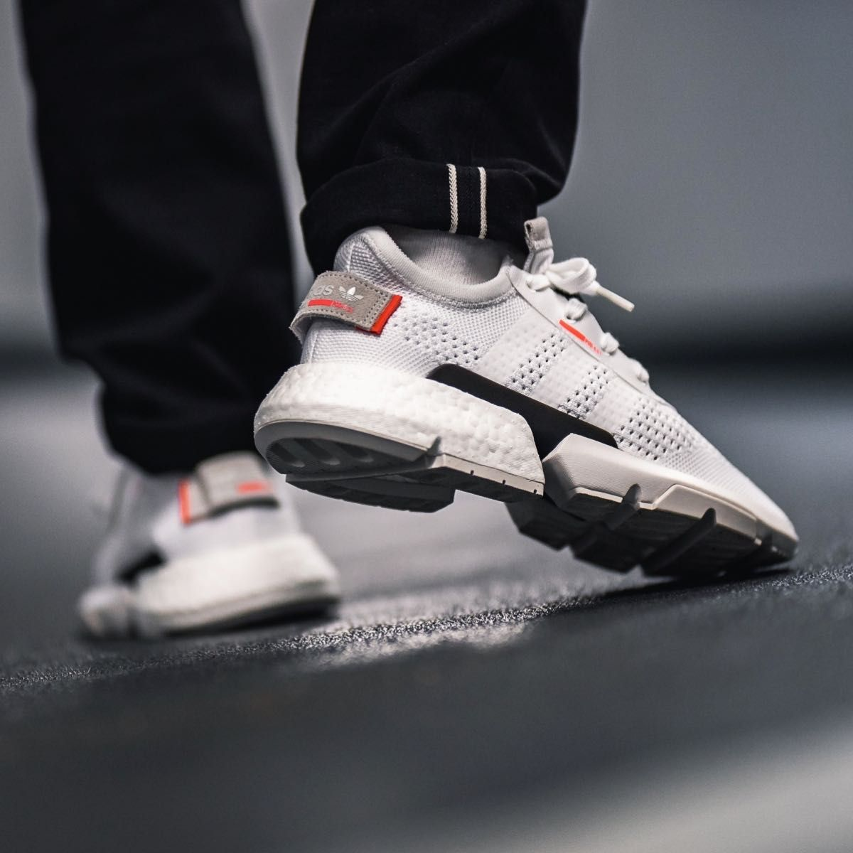 Adidas POD S3.1 White Black sparkar  Sneakers, Sneakers    Adidas POD S3.1 Vit Svart   title=         sparkar   Sneakers, Sneakers
