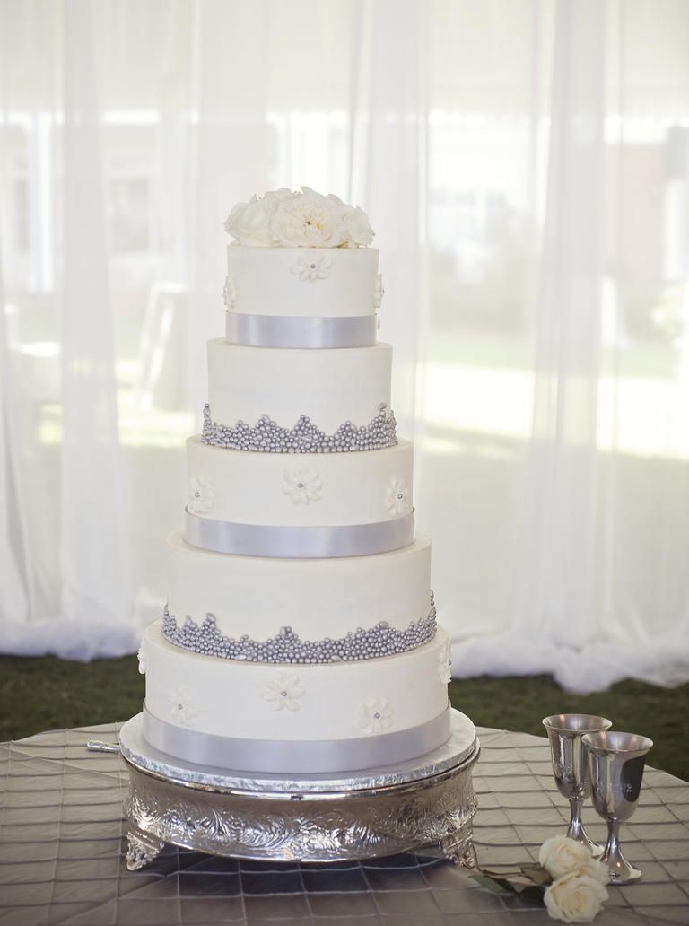 Beautiful Buttercream Frosted Wedding Cakes