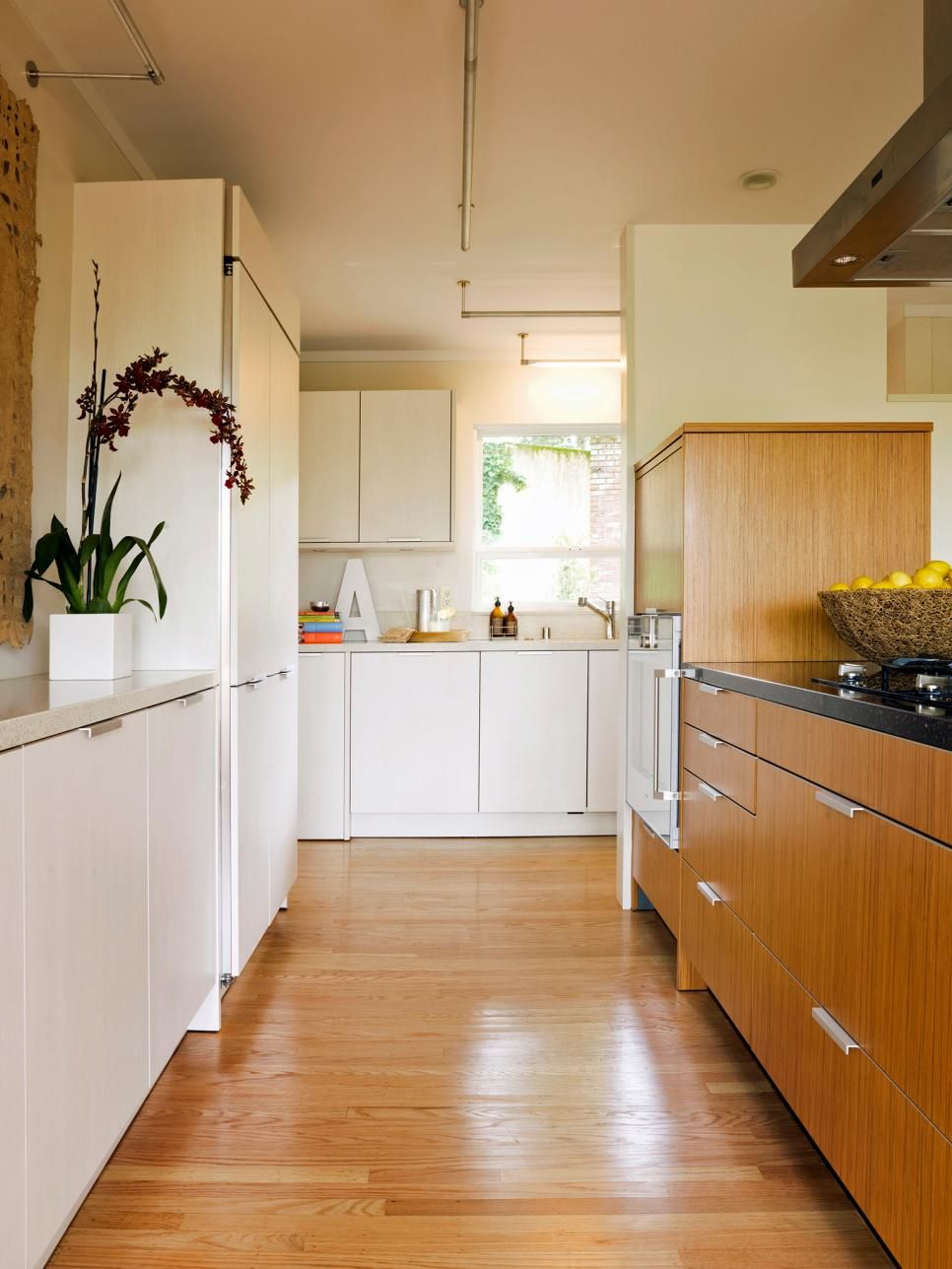Think Beyond The Basic Work Triangle Kitchens Come In All Shapes From The Space Saving Galley To Kitchen Remodel Small Galley Kitchen Design Kitchen Layout