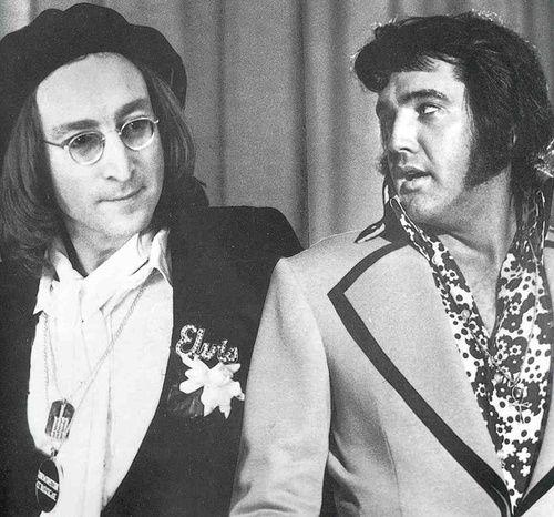 John Lennon and Elvis Presley, Twee grootheden,maar er is maar een ''king'' in de muziek,Elvis Presley,natuurlijk, voor mij persoonlijk en is dat nog steeds..lbxxx.