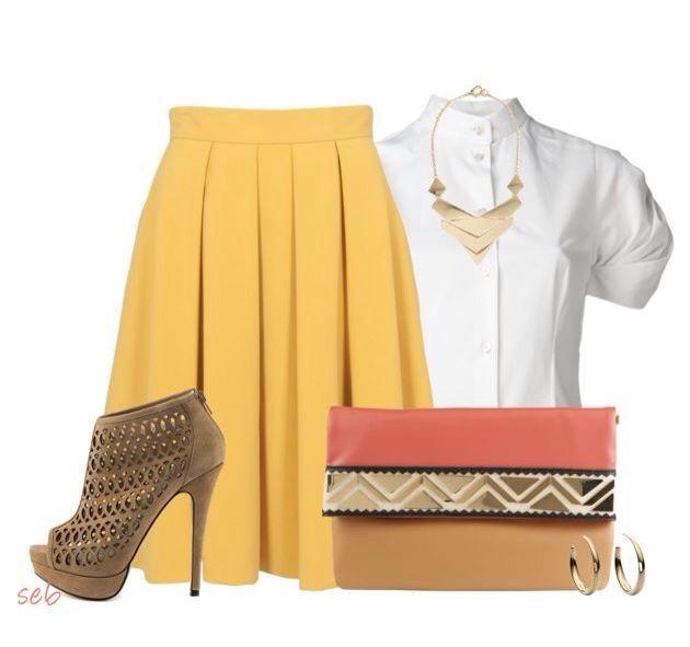 Una falda amarilla siempre alegra el outfit, sobre todo en los días de lluvia