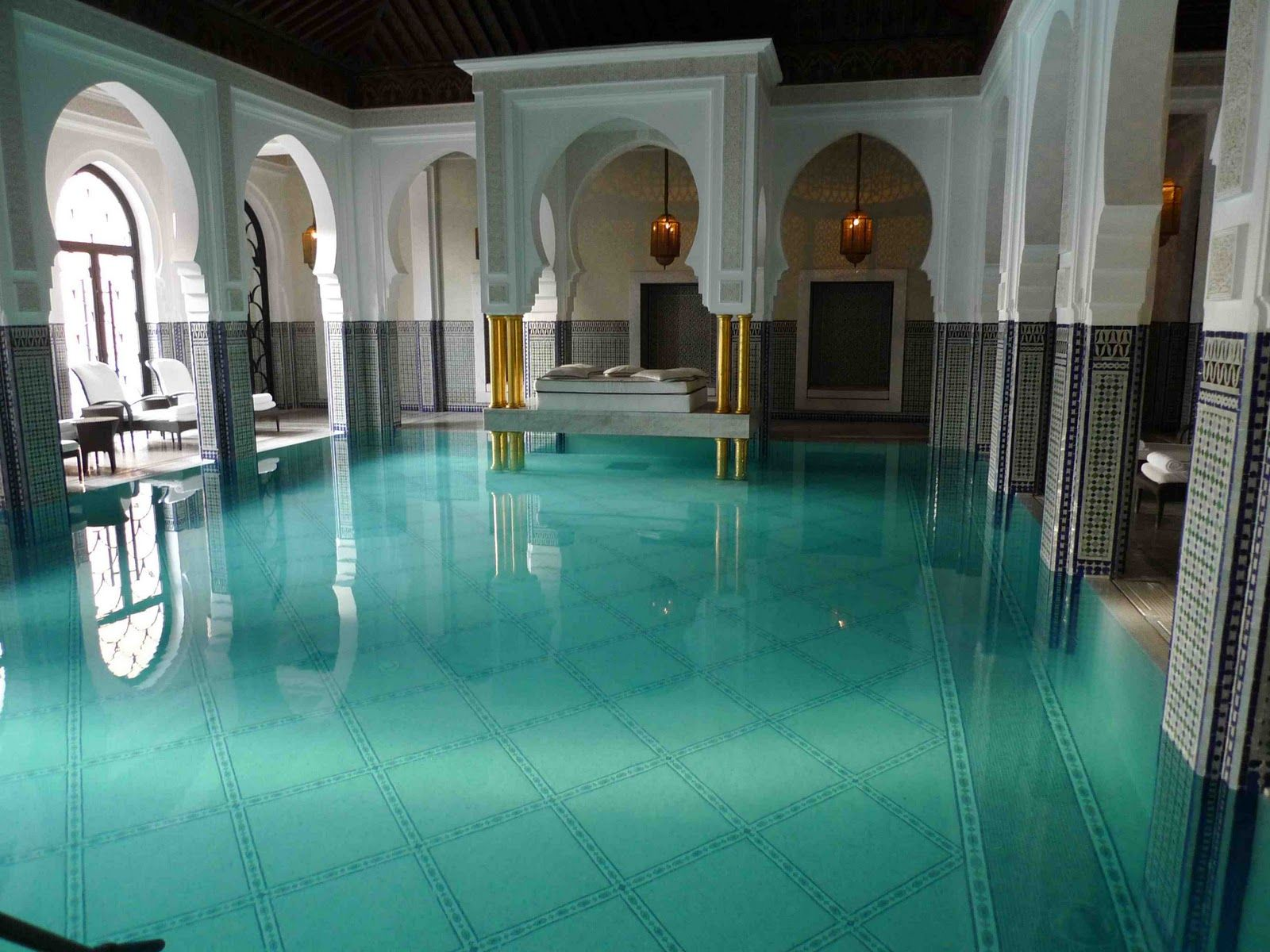 Art Deco Moorish pool. I\'d prefer the pool a cool dark blue and ...