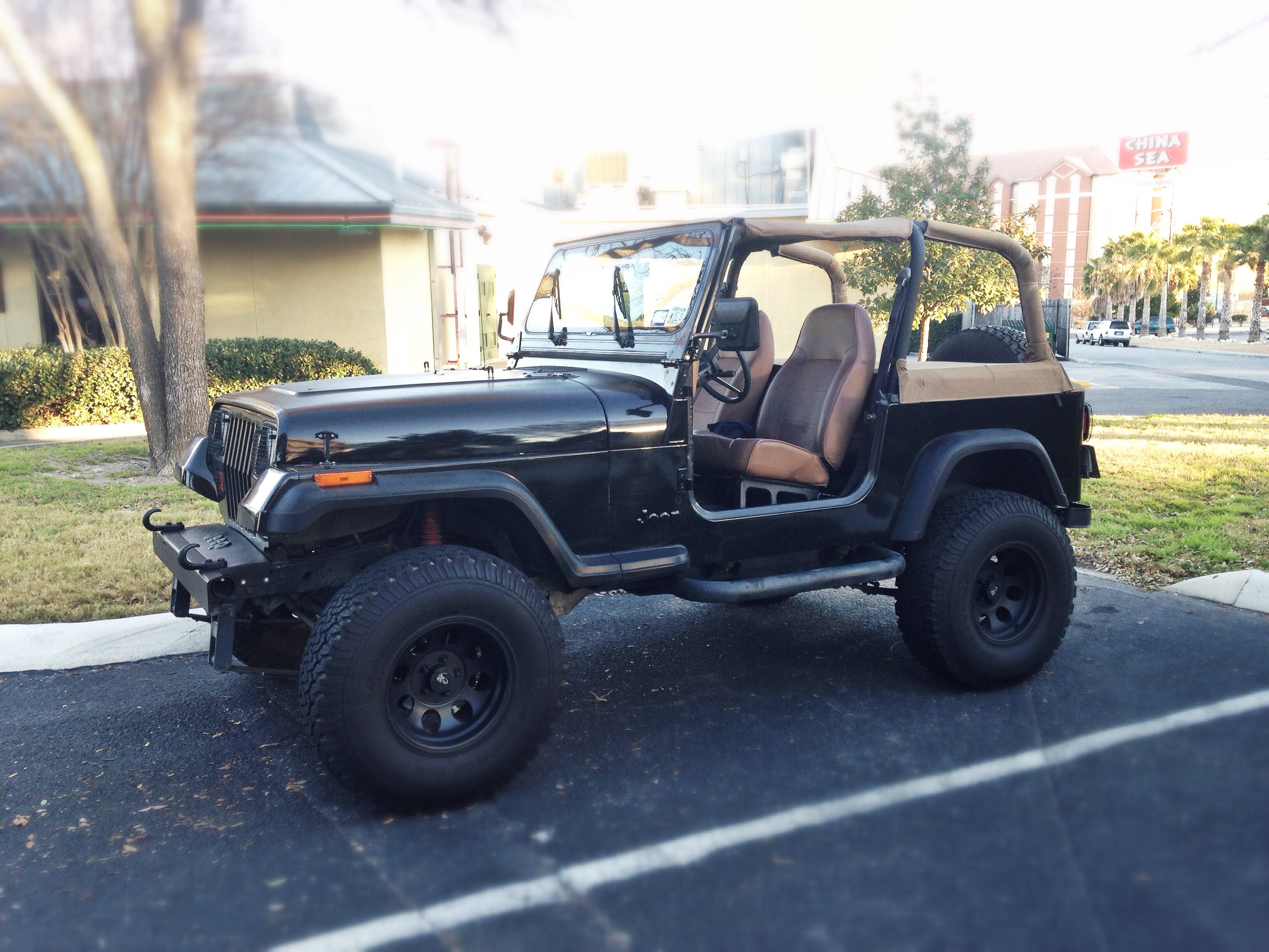 1995 Jeep Wrangler = Best First Car Ever!