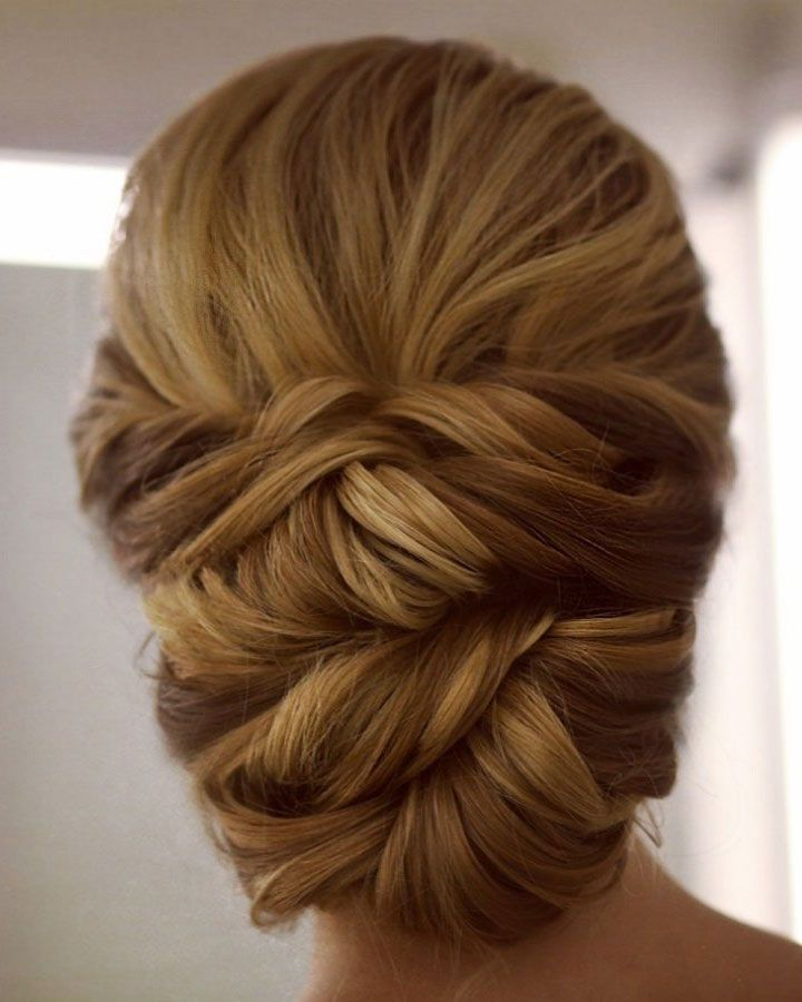 Gorgeous Wedding hairstyles to Inspire Your Big Day Do Messy updo