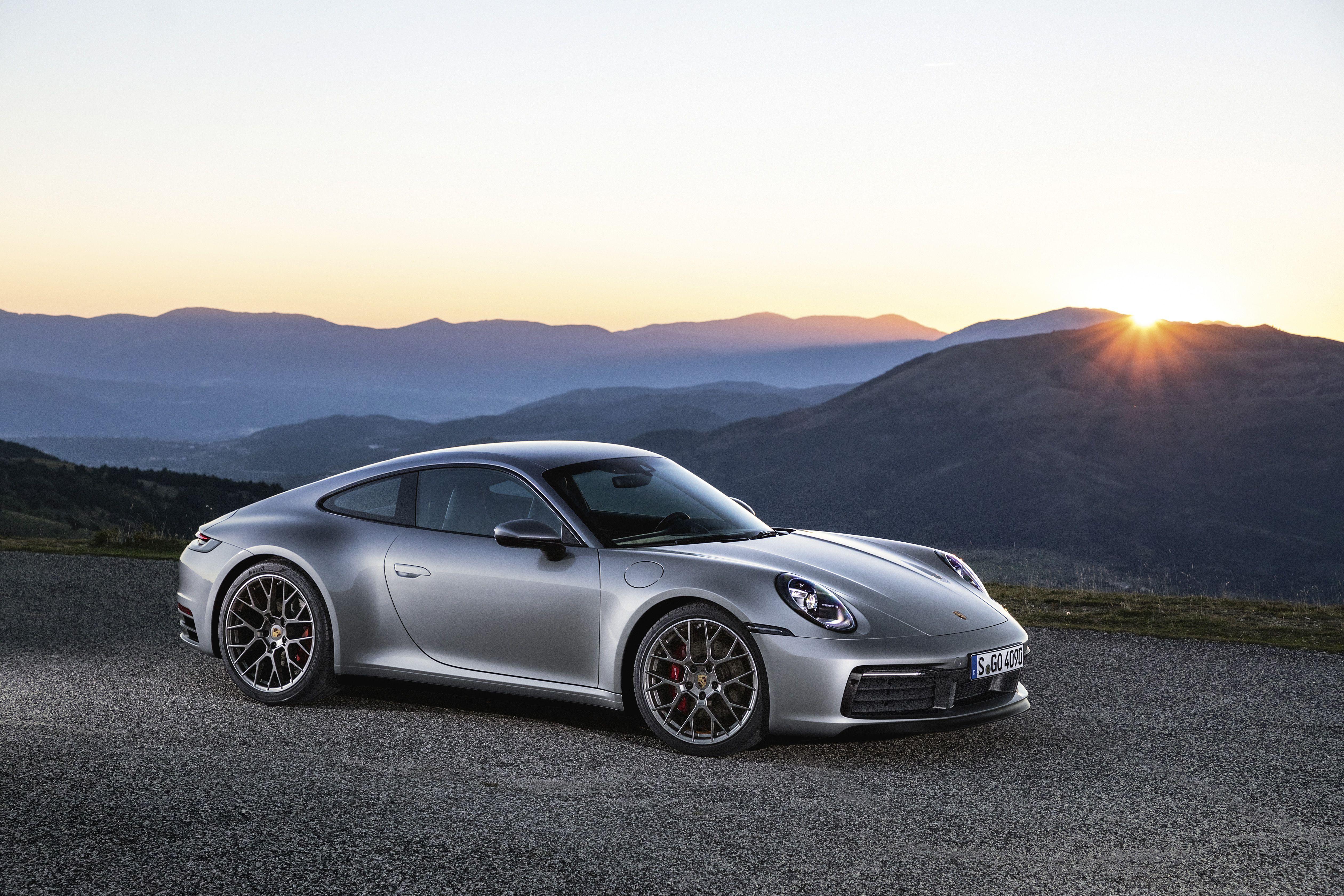 Wallpaper Of The Day 2020 Porsche 911 Porsche 911 New Porsche Porsche Cars