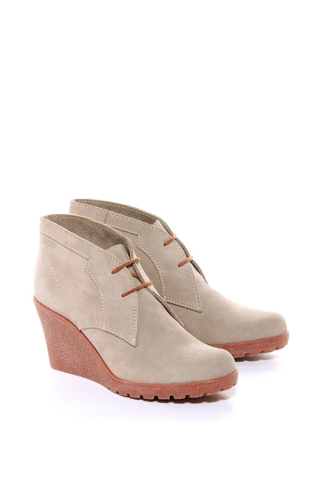 Обувки от ESPRIT