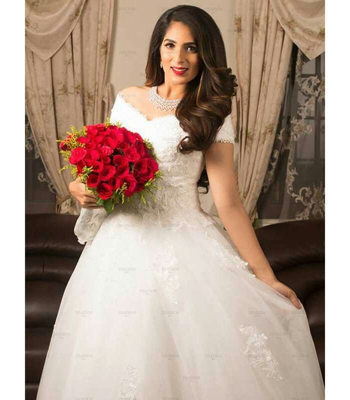 July Super Special White Wedding Gown At Diadem Price Rs 30 000 Only White Wedding Gowns Wedding Gowns Lace Wedding Gowns