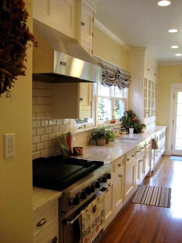 Beautiful large kitchen in a ca. 1922 Sears catalog home.i ...