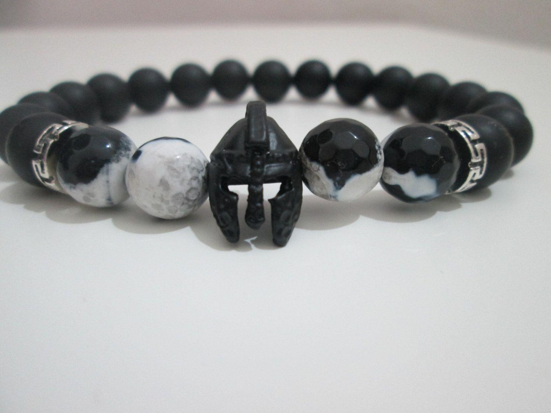 0790d39e940b Pulsera Hombre de Agata blanco y negro y Onix,casco plateado negro ...