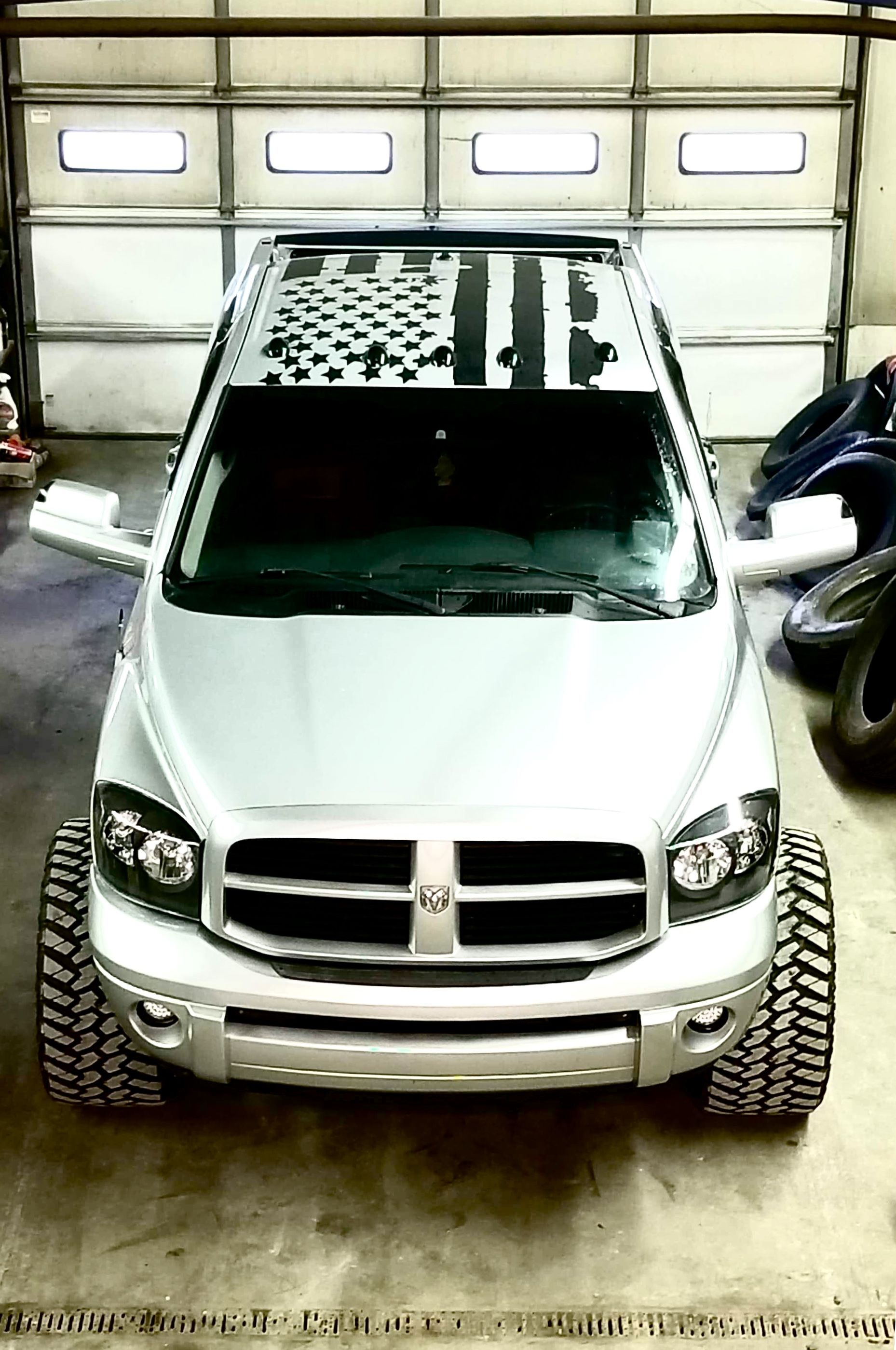 Roof Flag C2lvinyl In 2020 Custom Car Interior Custom Cars Paint Dodge Diesel