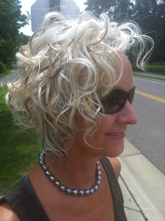 classic curly bob hairstyle image ideas for older women | Short ...