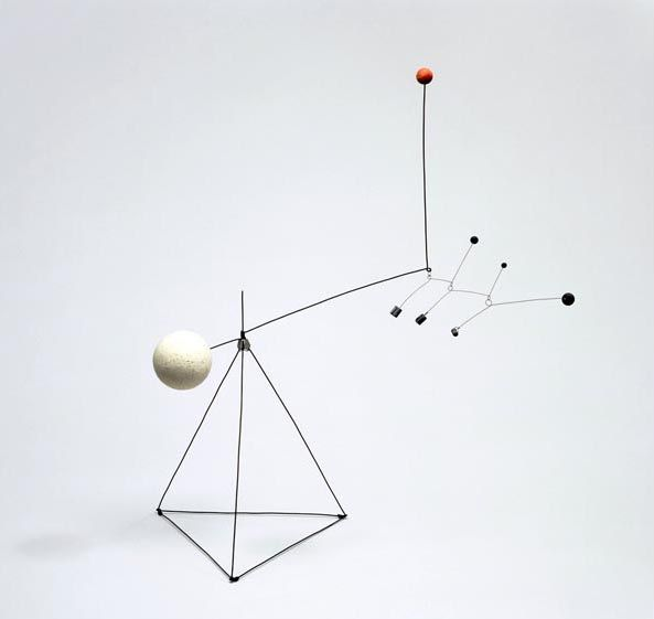 Ill mannered i just love this calders the perfect balance art installation solutioingenieria Image collections