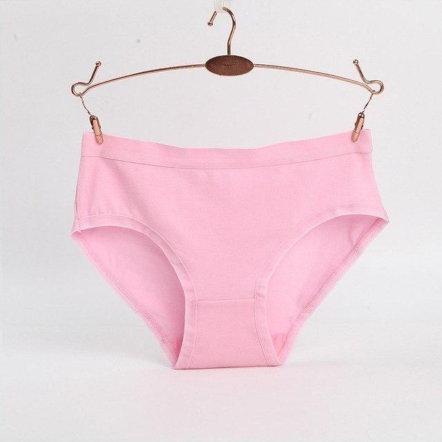 2017 New Underwear Women Cotton Panties Female Candy Color Casual Women  Breathable Briefs Lady Lingerie Seven Color M-XXXL 939fd2f7d