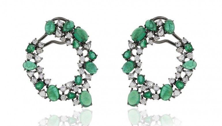 http://robbreport.com/jewelry/slideshow/6-designers-create-eye-catching-pieces-mays-emerald-birthstone-slideshow/nigaam