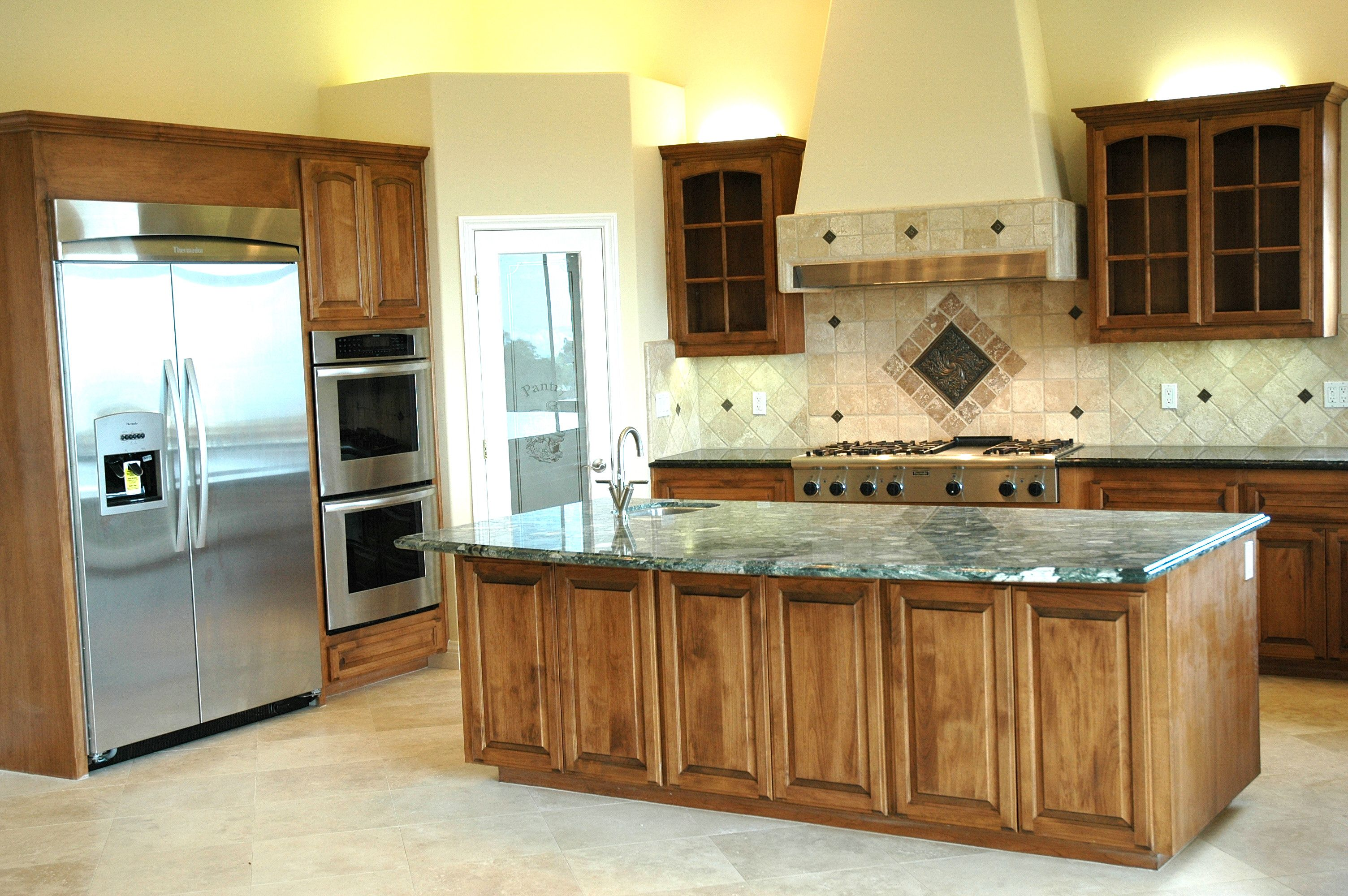 Holland S Custom Cabinets San Diego County 619 443 6081 Custom Cabinets Cabinet Kitchen