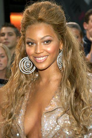 Beyonce S Hair Evolution Beyonce Hair Beyonce Blonde Beyonce