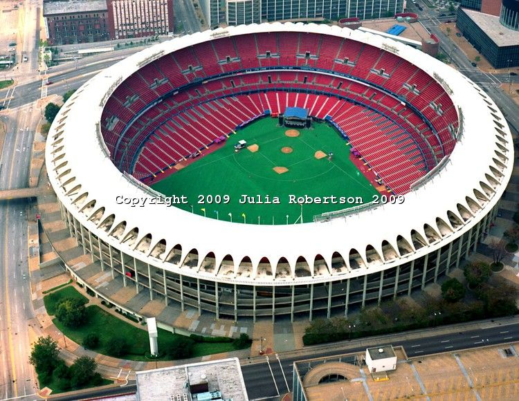 Pin By Kevin Brooks On St Louis The Show Me State St Louis Cardinals Football Busch Stadium Baseball Stadium