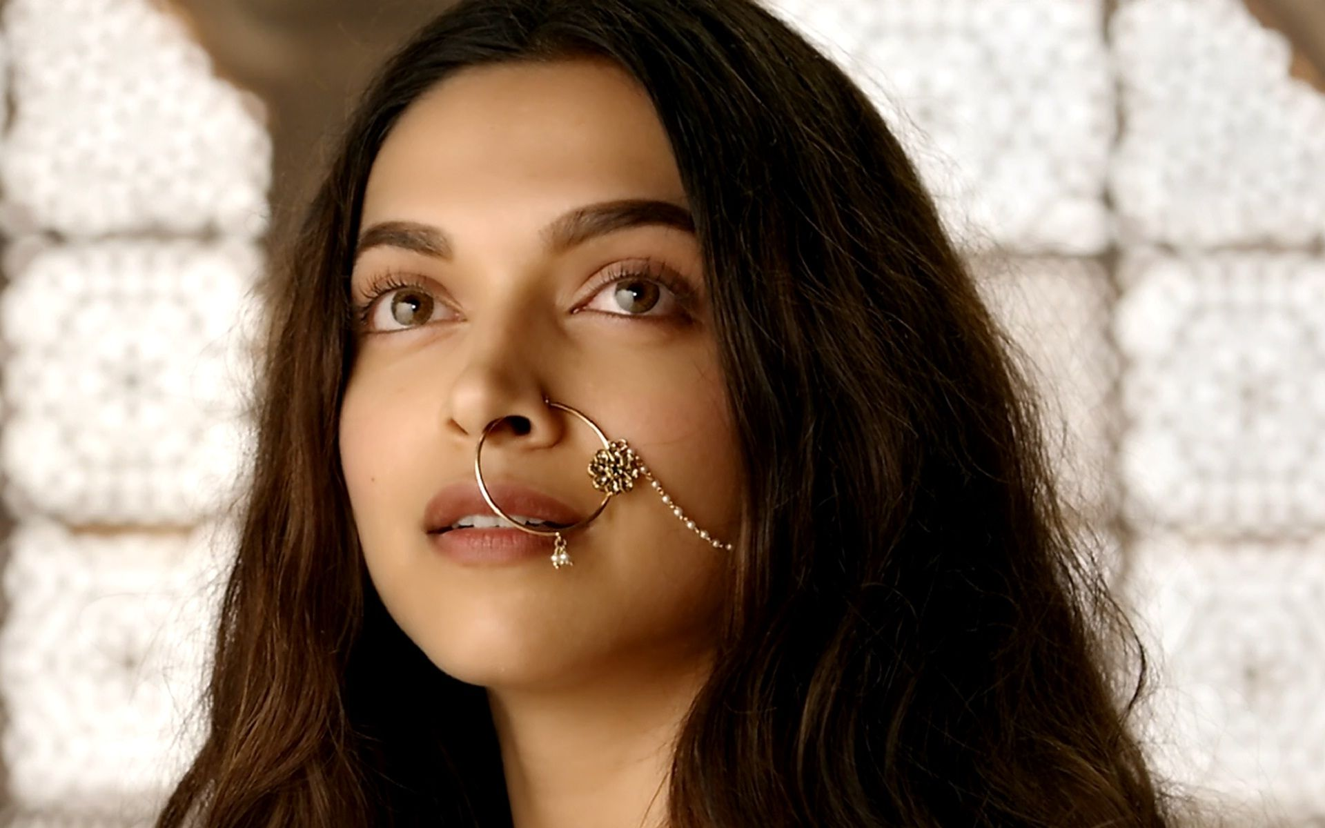 Deepika Padukone Latest Movie Scene Beautiful Actress Wallpaper Movie Scenes Actress Wallpaper Deepika Padukone