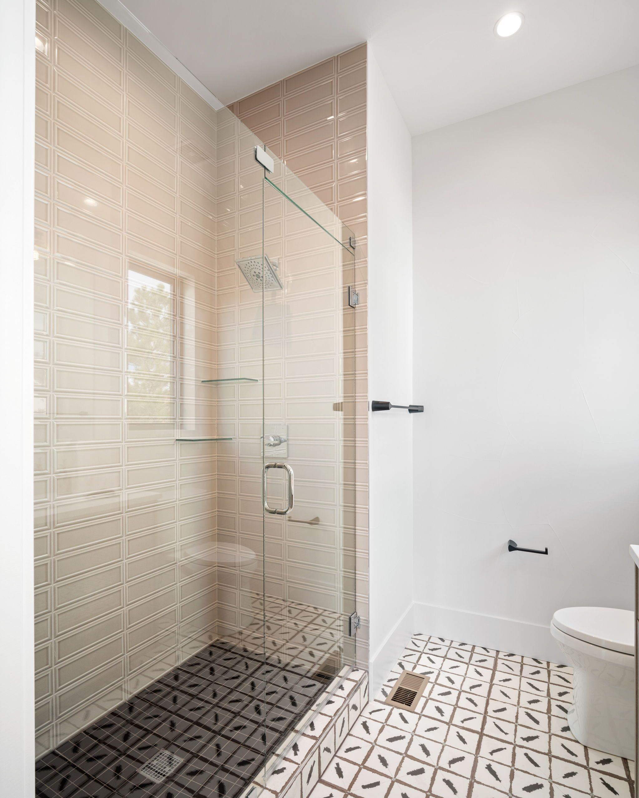 Russo Residential S Modern Day Gatsby Home The Tile Shop Blog In 2021 Bathroom Tile Designs The Tile Shop Bathroom Trends
