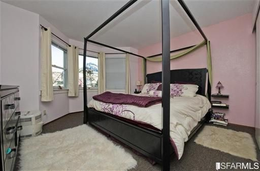 Cute pink bedroom