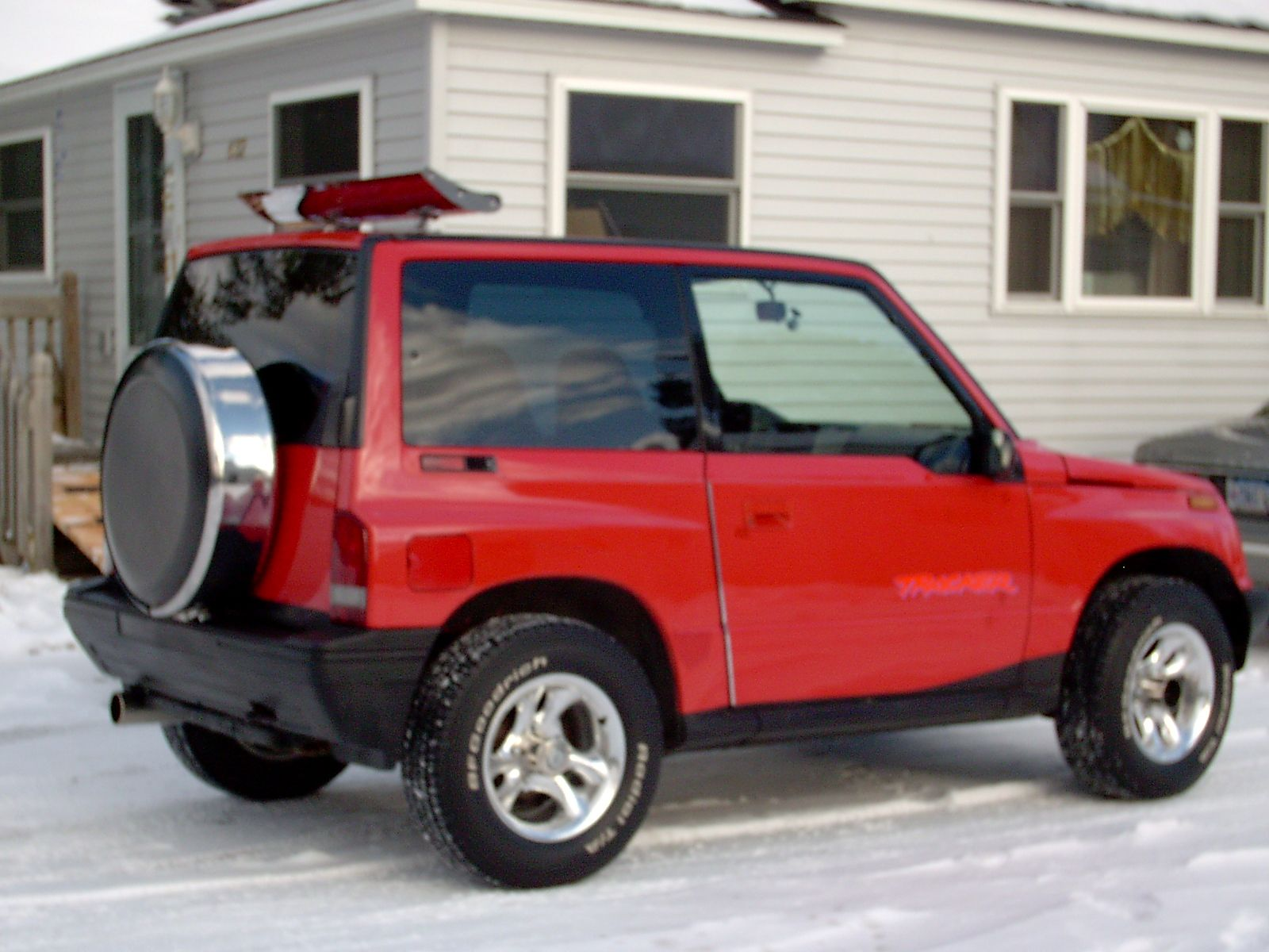 Img besides Geo Chevy Tracker Hardtop X together with D Throttle Body Removal Advice Tb also S L together with Cc. on suzuki sidekick geo tracker 4 door