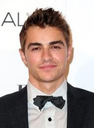 the Franco's are the most attractive men out there. geez