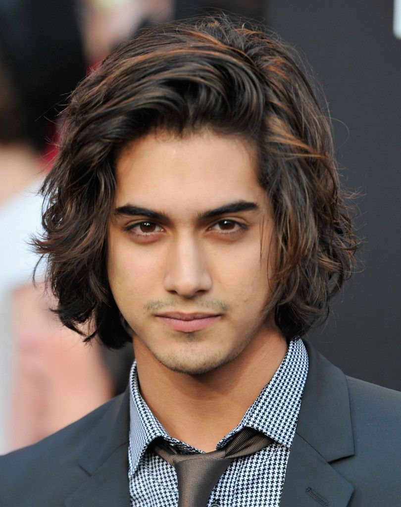 """Avan Jogia Photos - Actor Avan Jogia arrives to the premiere of Lionsgate's """"The Hunger G…   Boys long hairstyles, Medium length hair styles, Mens hairstyles medium"""