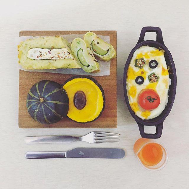 . gooooooood morning my dear friday :-D))) . #goodmorning #morning #breakfast #yummy #goodfood #instafood #onthetable  #homemade #foodie #foodstagram #foodphoto #yum #top_food_of_instagram #S_S_iloveBreakfast #朝食 #早餐 #朝ごパン #baking #パウンドケーキ #烘培 #poundcake #frittata #zicchini_cheesyfishsausage_poundcake #eggwhite_okra_tomato_frittata #stuffed_caramelchestnut_custardcreampudding_pumpkin