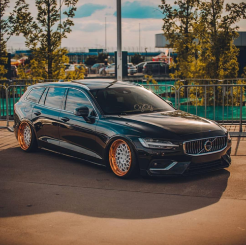 2019 Volvo V60 Bagged. The Model Is Only Available In