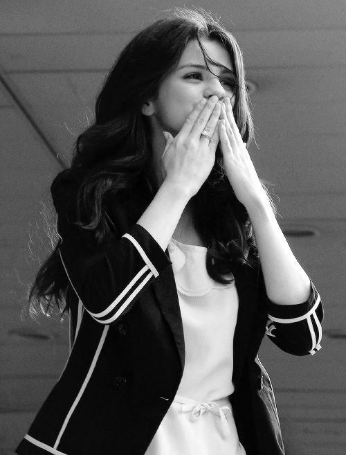 Selena Gomez Aww We Are Twins We Look Alike Lol Not Kidding Selena Gomez Cute Selena Gomez Selena Gomez Pictures