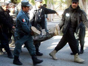 Doce Muertos Y Siete Heridos Dejó El Secuestro De Un Banco En Afganistán