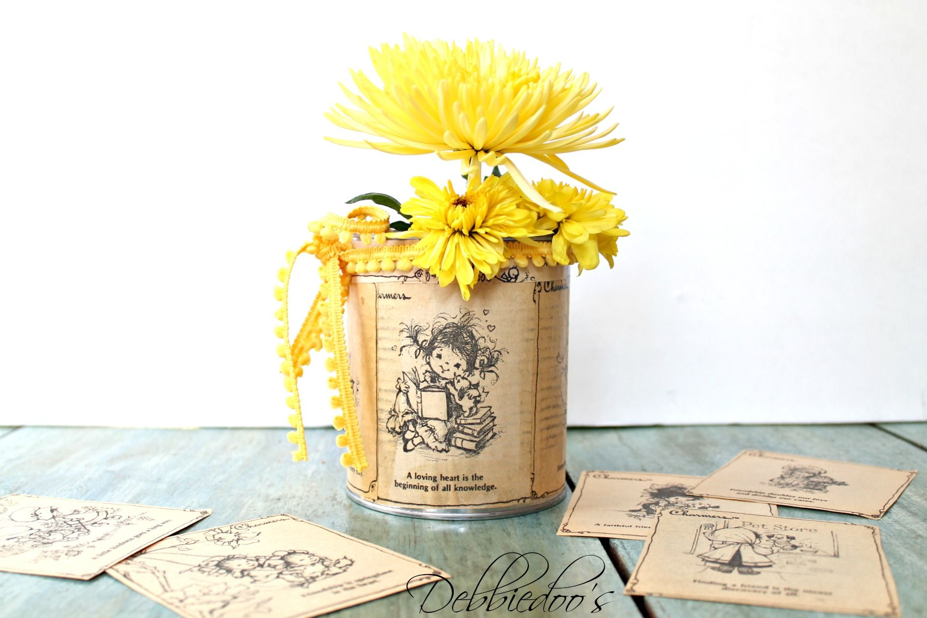 10+ ways to craft ande decorate with cans. These make for the cutest table top decor!