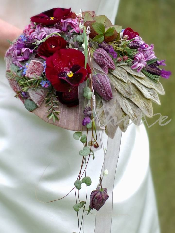 Artist: Claire Cowling www.thrivefloristry.com