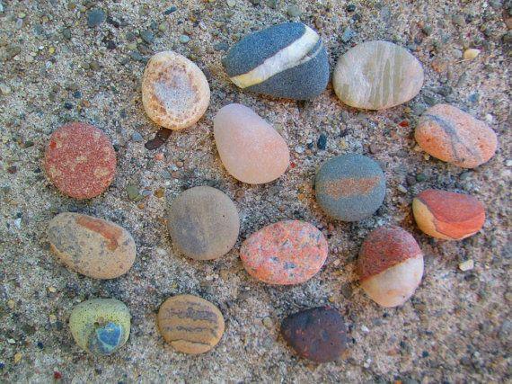 14 Natural Stones Beautiful Colors Lake Michigan Rock Supplies Lake Michigan Stones Rocks And Gems Mineral Stone