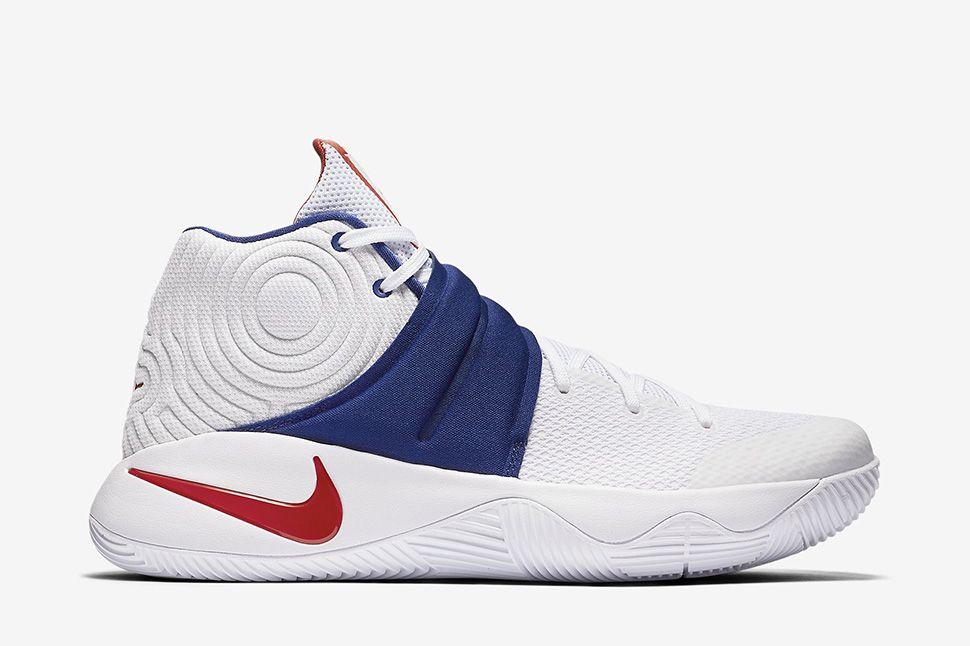 Nehmen Billig Deal Nike Kyrie 2 4th Of July Billig Schuhe