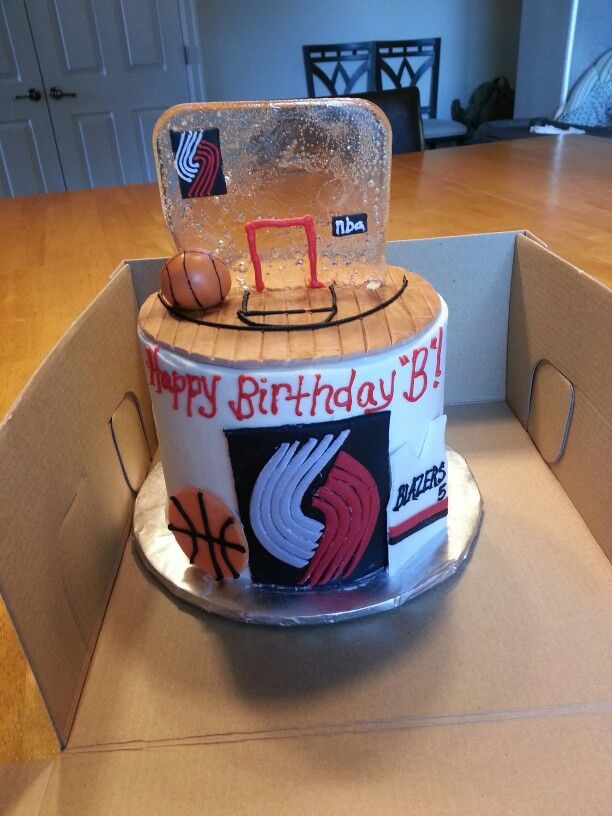 Surprising Portland Trail Blazers Cake Frosted With Buttercream Fondant Birthday Cards Printable Giouspongecafe Filternl