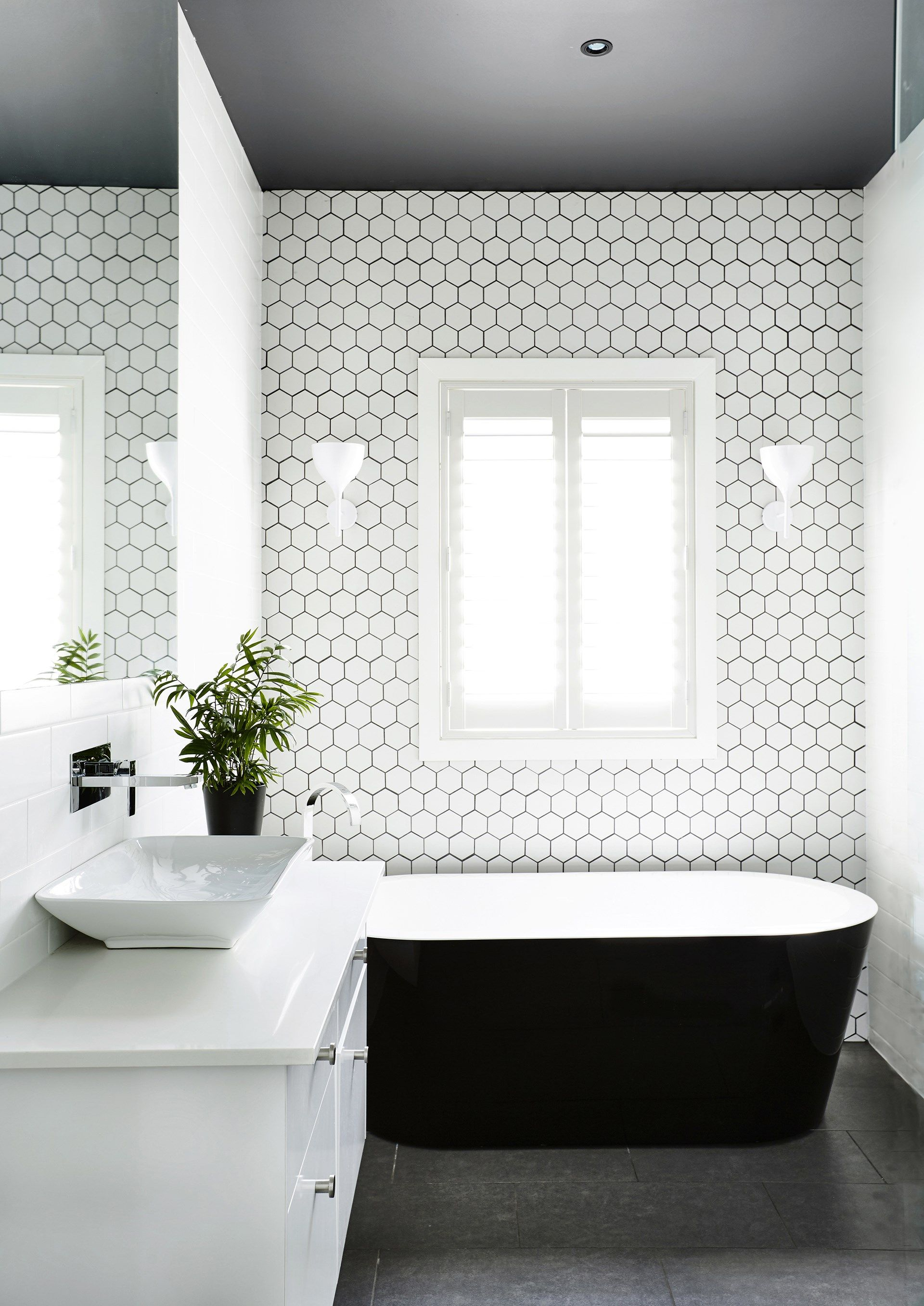 The dark ceiling in the bathroom of this [Edwardian house](http ...