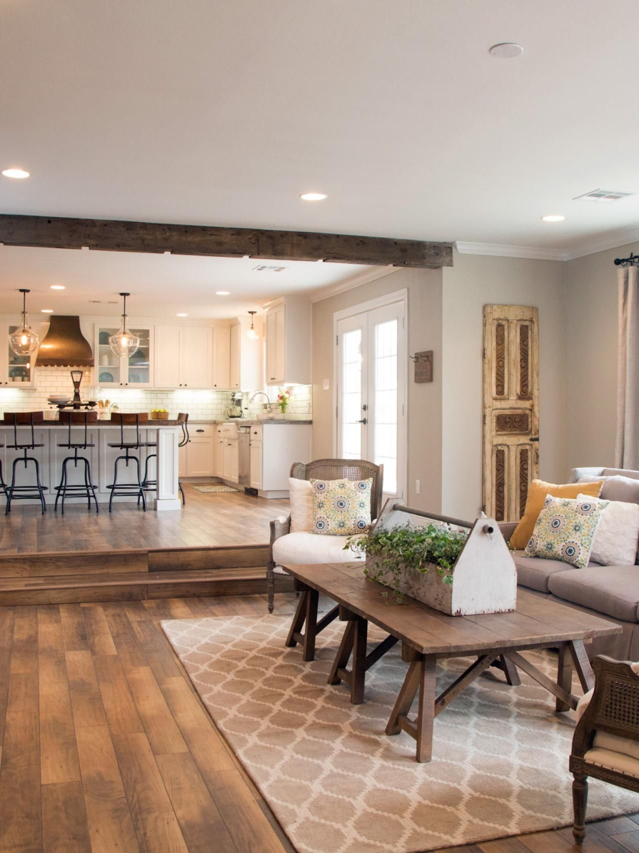 Pin By Diane Jensen On Living Room Pinterest Living Rooms Joanna Gaines And Fixer Upper Hgtv