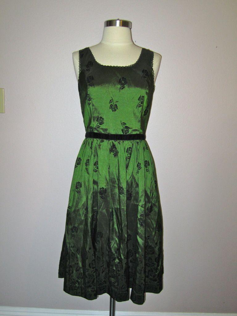 Nwt Twilight Saga New Moon Bella S Birthday Dress Bella Swan Green Flower M [ 1024 x 768 Pixel ]