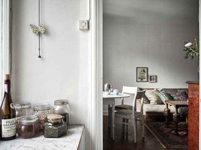 Kolme kotia - Three Homes   Ruotsalaisten kiinteistöfirmojen sivuilta löytyi kolme tunnelmallista pientä kotia.       34 m2                ...