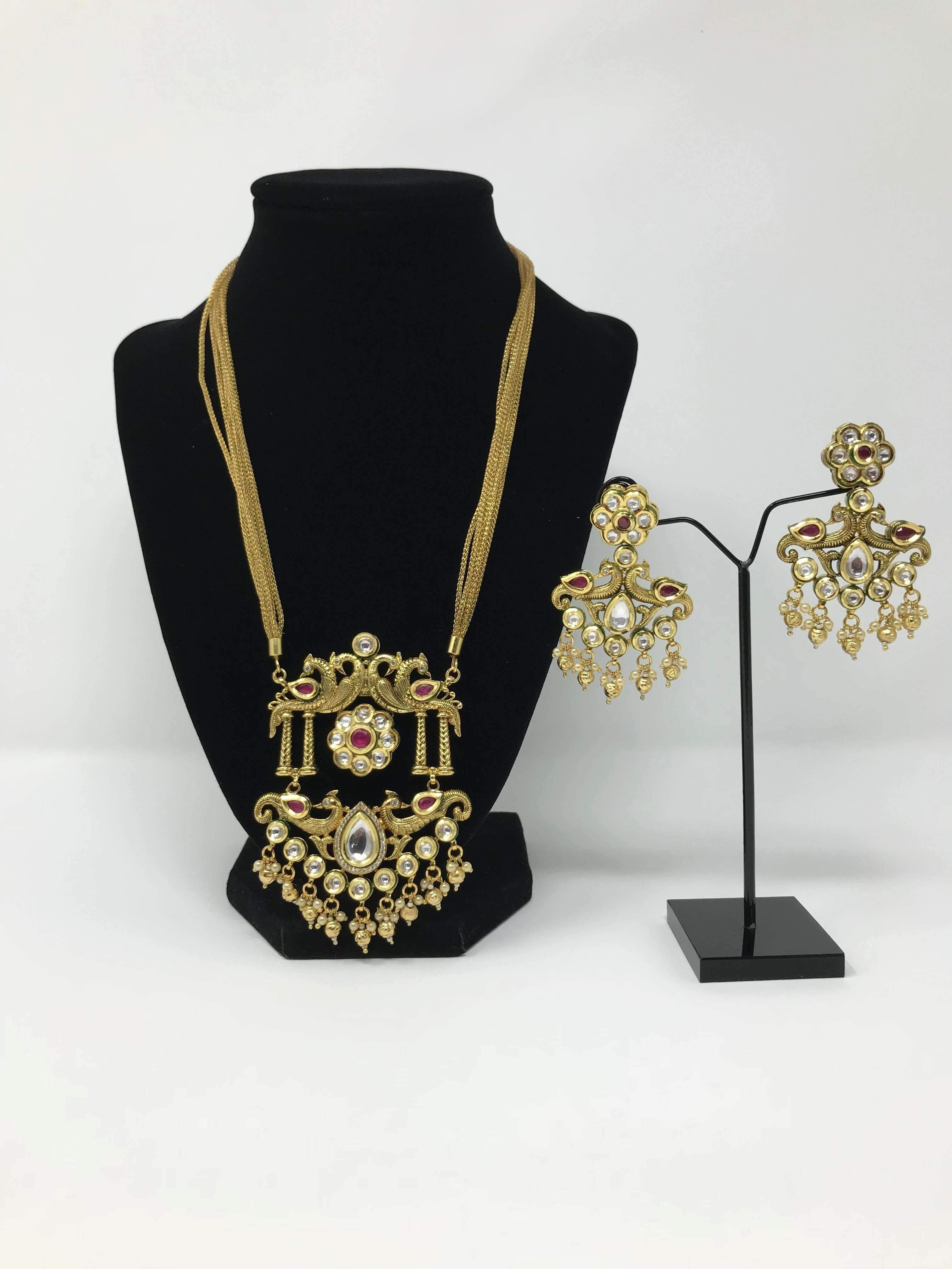 Kundan and antique gold large pendant set pendant set antique