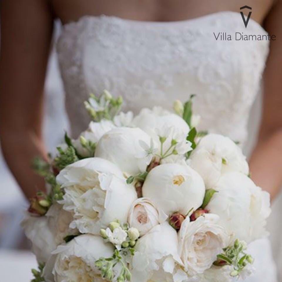 """""""Il matrimonio è un mosaico che completi con il tuo coniuge. Milioni di minuscoli momenti che creano la vostra storia d'amore"""". #villadiamante by villadiamantenapoli"""