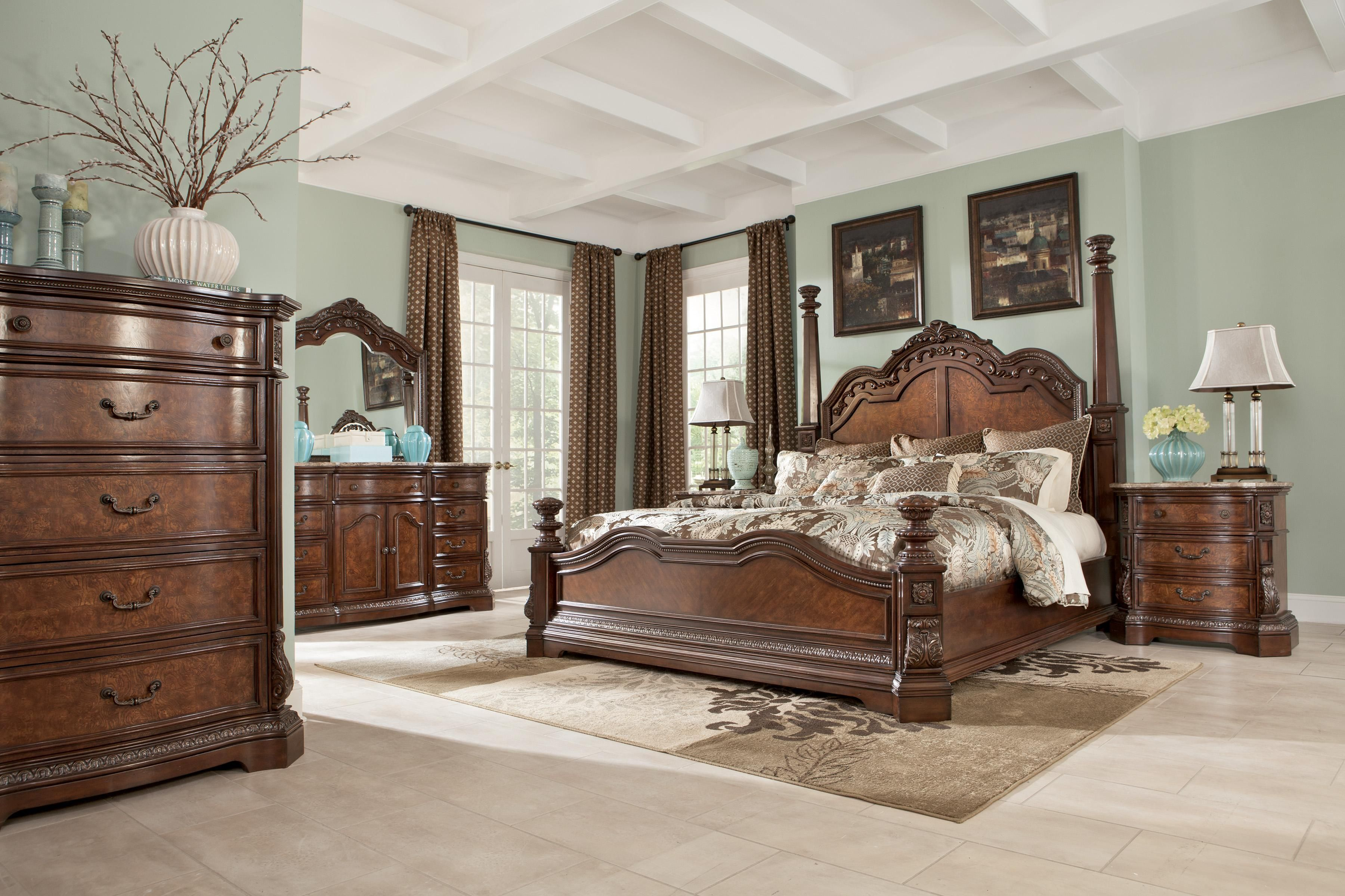 Ledelle Poster Bedroom Set with Tall Headboard Posts in ...