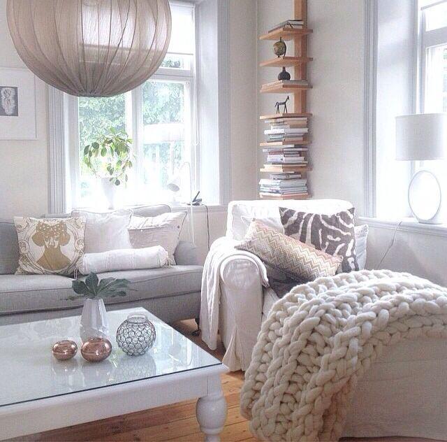 Neutral living room!                                                                                                                                                                                 Más
