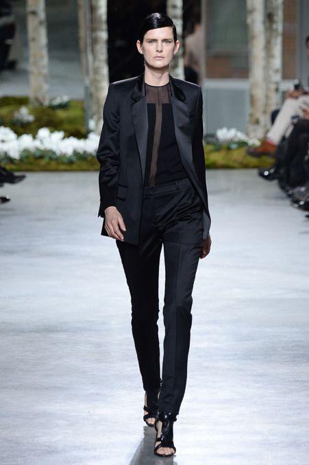 Hugo Boss Fall 2014 RTW - Runway Photos - Fashion Week - Runway, Fashion Shows and Collections - Vogue