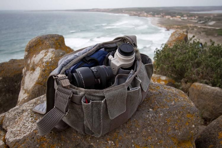 Absolutely love my new Retrospective™ 30 (Pinestone) Shoulder Bag - @ThinkTankPhoto  A great purchase!