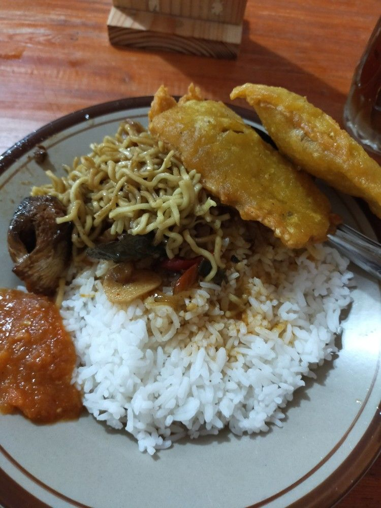 Nasi Sarden Tempe Goreng Sambel Indonesian Food Asian Food Indonesian Food Tempe Goreng
