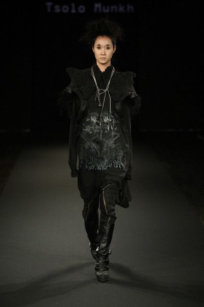Fashion Mongolia: Tsolo Munkh