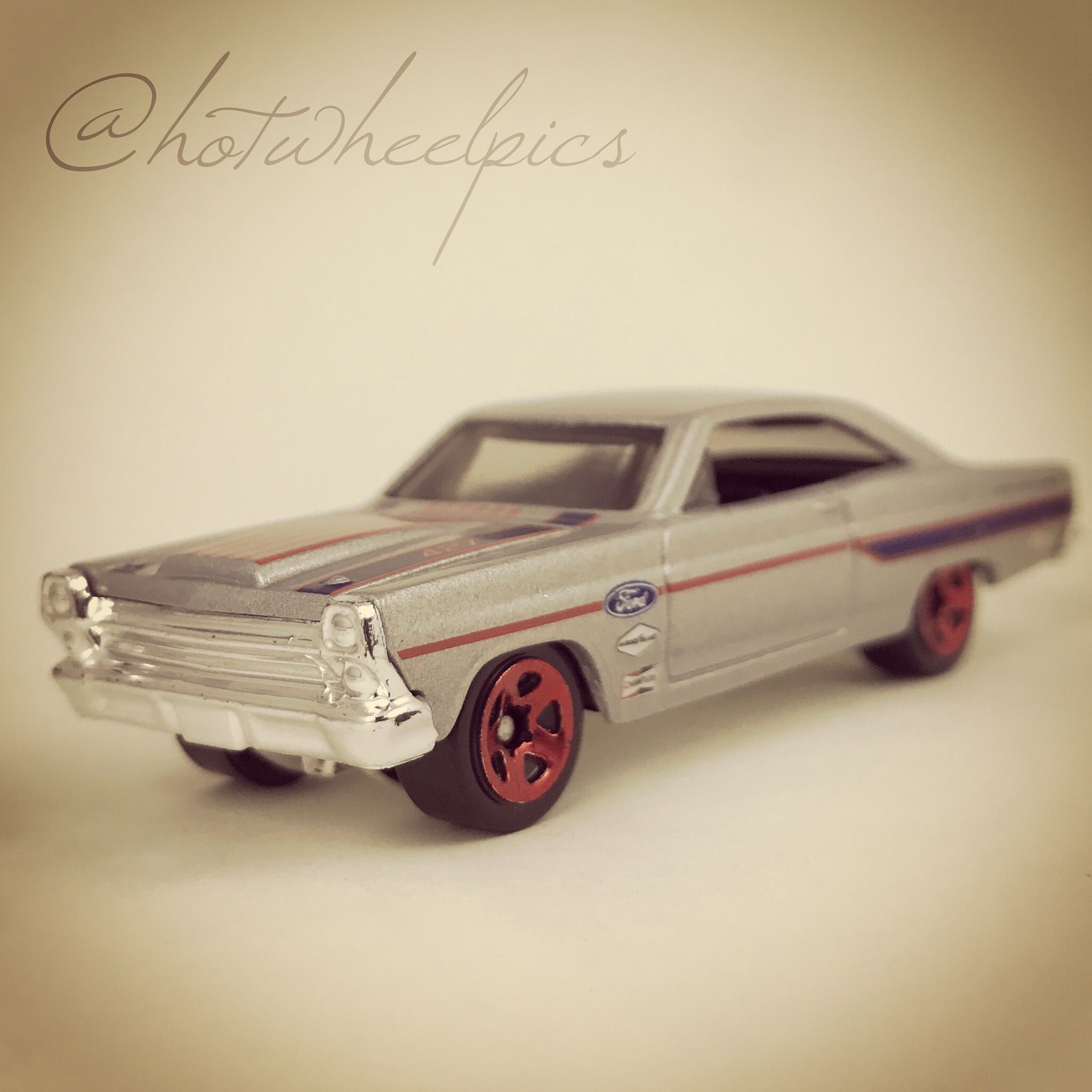 66 ford fairlane 2017 hot wheels american vintage muscle diecast