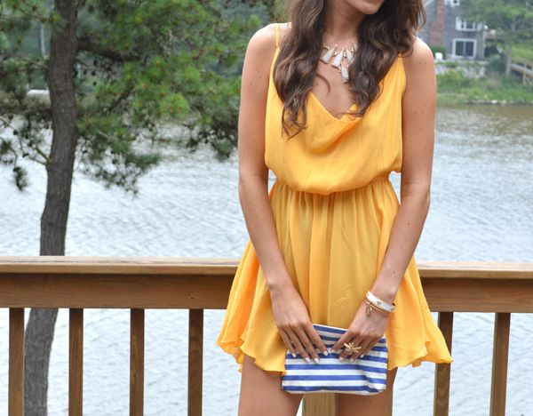 Flashbulbs: 1 Yellow Dress: 0 #backlesscocktaildress